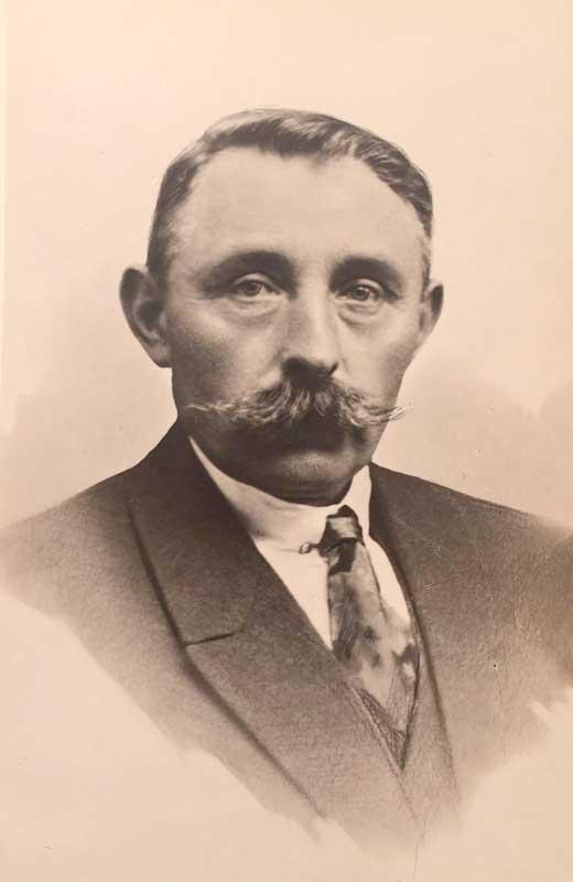 Bernard Coes